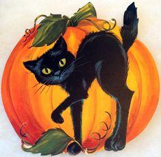 Happy Halloween! (via TheHorrorsOfItAll)