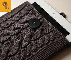 Ravelry: Kare Knits' Signature Cable Knit iPad Case pattern by Karen Chiu Yarn Projects, Knitting Projects, Knitting Patterns, Crochet Projects, Sewing Projects, Crochet Patterns, Tablet Cover, Kindle Cover, Knitting Magazine