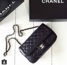 . Bridal Salon, Classy And Fabulous, Coco Chanel, My Bags, Handbag Accessories, Fashion Bags, Victoria, Shoulder Bag, Handbags