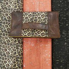 """Ô fil des songes on Instagram: """"Nouveautés: tissus de liège Stof ✔️ léopard doré, ✔️ orange argenté ✔️ noir doré J'adore 💖 du coup essai d'une petite pochette de soirée…"""""""