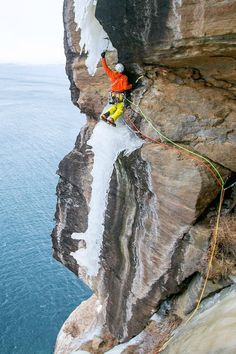 Albert Leichtfried partnered up with Benedikt Purner to explore remote vertical ice fields in northern Norway. Ice Climbing, Mountain Climbing, Mountain Biking, Lapland Holidays, Colorado Tourism, Adventure Activities, Adventure Stories, Photo Vintage, Extreme Sports