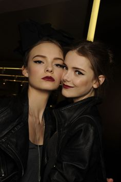 eyeliner. red lip. #makeup