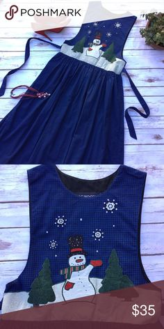 Adorable Vintage Christmas Snowman Jumper Dress Early 1990s dress ready for this year's holidays, has high waist and low cut arm openings and ties to adjust the fit. Measures 11 inches across the chest and 16 inches across the (high) waist. 44 inches long. 100 % cotton, size 4P. J. G. Hook Dresses