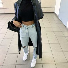 View all pictures, buttons and outfits from Iam.nxsh ( on 21 Buttons Basic Outfits, Sporty Outfits, Dope Outfits, Girly Outfits, Cute Casual Outfits, Pretty Outfits, Dress Casual, Mode Instagram, Mode Inspiration