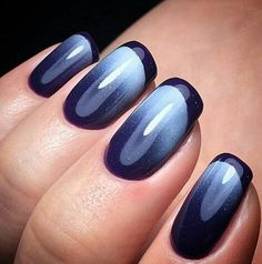 Navy blue nails are a popular nail color. Navy blue is one of the dark hues you rarely notice. Navy blue nails are very unique and delicate nowadays. From simplicity and sweetness to patterns and designs to lots of shine and luster you can find n Popular Nail Colors, Pretty Nail Colors, Gel Nail Colors, Gel Nail Art, Gel Nails, Gradient Nails, Ombre Nail Art, Nail Art Blue, Manicure Colors