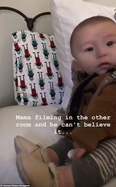 Loves his mom: Later on Joanna shared some sweet photos of her youngest Crew watching her . Joanna Gaines Baby, Jojo Gaines, Magnolia Joanna Gaines, Joanna Gaines Style, Chip And Joanna Gaines, Fixer Upper Tv Show, Fixer Upper Joanna, Family Movie Night, Family Movies