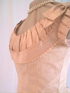 Vintage Fashion: Pleated and beaded Victorian trim bodice circa 1876 - 1881 1800s Fashion, 19th Century Fashion, Victorian Fashion, Vintage Fashion, Vintage Outfits, Vintage Gowns, Historical Costume, Historical Clothing, Bustle Dress