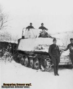 A németek által az magyar 1. tábori páncéloshadosztálynak juttatott egyik Marder II típusú német páncélvadász, közvetlenül az 1943. januári szovjet offenzíva megkezdése előtt .