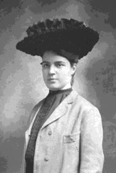 Good time with National Hat Day to see photos of your ancestors wearing hats. Women In History, Family History, Veterans Day Celebration, Hat Day, Family Album, Ancestry, Genealogy, American History, The Past