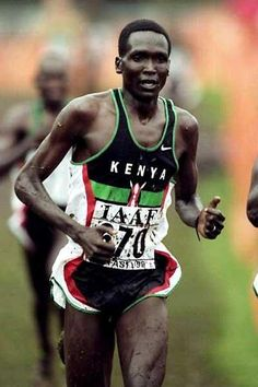 Paul Tergat on his way to his last World Cross Gold in 1999