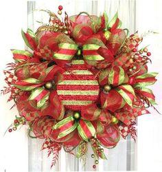 Deco Mesh Wreath Ideas | deco mesh wreath bb posted 1 years ago to their christmas xmas ideas ...
