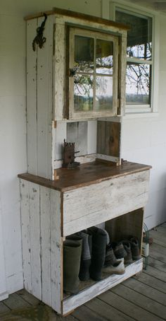 "Missouri or Bust - primitive hutch. ""Here is a hutch I slapped together out of old wood. It sits on the back porch to hold our boots and gardening tools and supplies"" Primitive Homes, Primitive Cabinets, Primitive Furniture, Primitive Decor, Porch Furniture, Pallet Furniture, Painted Furniture, Furniture Ideas, Country Furniture"