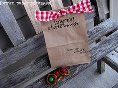 Cute gift bags for Christmas..run lunch bags through the printer