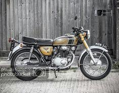 photo by geekyruss Honda Cb250, Cb350, Yamaha Motorcycles, Cars And Motorcycles, Japanese Motorcycle, Classic Bikes, Vintage Bikes, My Ride, Bike Life