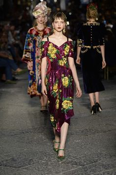 Fashion News, Trends, Catwalk Shows and Culture  #dolce&gabbana #fashiontrends