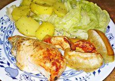 Vajon sült mézes - citromos csirkemell almával karamellizálva Chicken Wings, Poultry, Turkey, Food, Peru, Backyard Chickens, Turkey Country, Eten, Meals