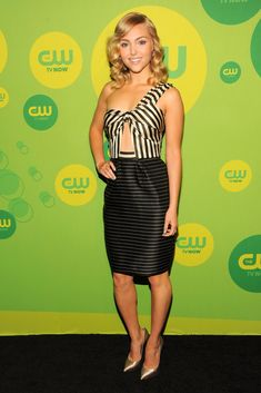 AnnaSophia Robb in Katie Ermilio - The CW Upfront Event in NYC