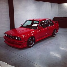 BMW e30 M3 finished in Illusion show car wax.