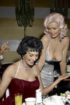 Sophia Loren & Jayne Mansfield. Colorized by Luiz Adams