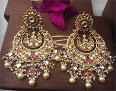 Fulfill a Wedding Tradition with Estate Bridal Jewelry Indian Jewelry Earrings, Jewelry Design Earrings, Indian Wedding Jewelry, India Jewelry, Designer Earrings, Women's Earrings, Bridal Jewelry, Fashion Earrings, Jewelery
