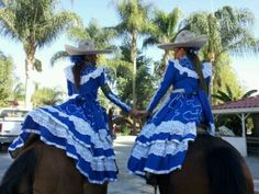 Escaramuza , Sisters someday I wouldn love to have daughters to be like them♥ Priceless