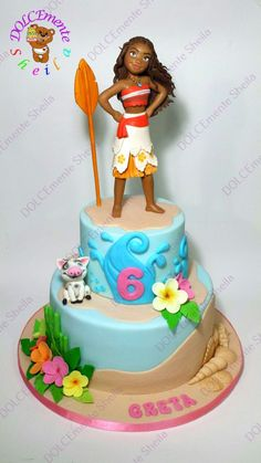 Our daughter turned just turned four and LOVES Disney's Moana. We wanted to share our Moana birthday party ideas with all Moana Party, Moana Birthday Party, Luau Birthday, Birthday Cake Girls, Luau Party, Birthday Parties, Birthday Ideas, Moana Theme, Disney Cakes