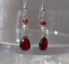 Garnet Earrings, Garnet Pearl Earrings, Red Earrings, Genuine Pearl Earrings by ThreeMagicGenies on Etsy
