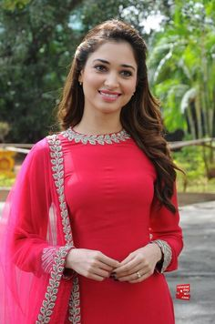 Tamanna Bhatia In Sabyasachi Mukherjee Salwar Designs, Blouse Designs, Punjabi Fashion, Bollywood Fashion, Indian Fashion, Bollywood Actress, Designer Punjabi Suits, Indian Designer Wear, Indian Attire