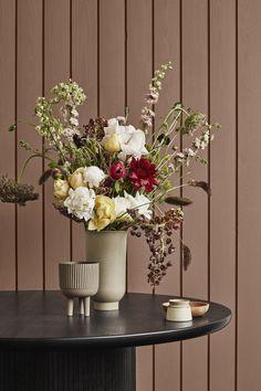 Home – Oslo Design Fair Interior Architecture, Interior Design, Book Stands, Arte Floral, Delphinium, Malta, Decoration, Scandinavian Design, Flower Arrangements