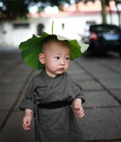 Shaolin Kung Fu monk ICNbuys.com Shaolin Kung Fu Kid. Is he going to be a Kung Fu Master? Yes. Reblog, iNstant follow. ICNbuys.com, best...
