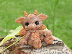 Goldy the dragon by jc2177 on Etsy