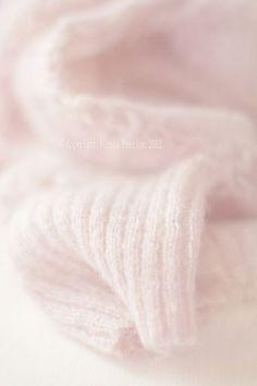 pink.quenalbertini: Soft Pink Knit   Ana Rosa