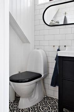 Lundin Fastighetsbyrå - Kålltorp - i toppskick Toilet, Bathroom, Modern, Inspiration, Home Decor, Washroom, Biblical Inspiration, Flush Toilet, Trendy Tree