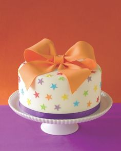 1000+ ideas about Bow Cakes on Pinterest | Cakes, Fondant Bow and ...