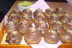 Ferrero muffin - a mogyorókrémes csodamuffin - Muffinmágus Pretzel Bites, Biscuits, Muffins, Cupcakes, Bread, Breakfast, Food, Yogurt, Crack Crackers