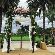 Always a pleasure to work the Fab #talega our #homesweethome with #melodysweddings #michaelvorhees #fly_bride #fabfloralsforthebusybride #monsoonweddings #greyskysatbay