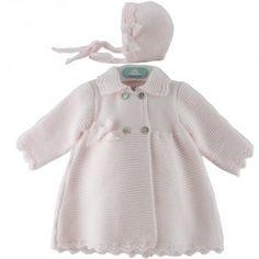 Abrigo de bebe links de picos 39650 | Pangasa Baby Knitting For Kids, Baby Knitting, Baby Blanket Crochet, Crochet Baby, Winter Outfits, Kids Outfits, Winter Baby Clothes, Kids Coats, Baby Dress
