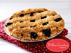 Luscious #Pies just in time for the weekend! Flaky, #FreshlyBaked Blueberry, Cherry, Apple! Next day delivery only!bit.ly/2jsz5wk#blueberrypie #cherrypie #applepie #pielovers