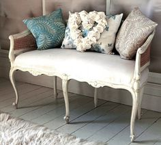 love these chairs and sofas