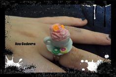 Cute sweet porcelain tea cup miniature di AvaCadavraCreations, €5.00