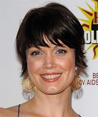 Bellamy Young Hairstyle: Casual Short Straight Hairstyle