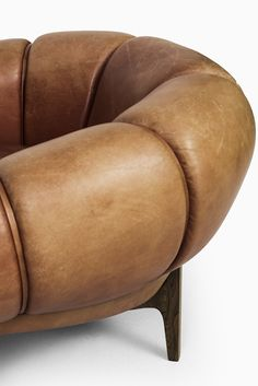 Illum Wikkelsø easy chairs model Croissant at Studio Schalling