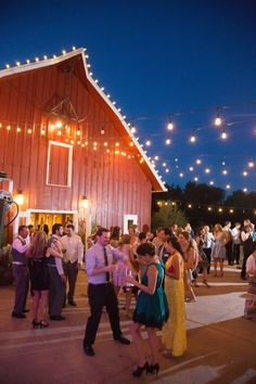 A rustic barn wedding at Denver Botanic Gardens at Chatfield. See the whole blog post on Couture Colorado Wedding. Colorado, Denver Botanic Gardens, Outdoor Weddings, Rustic Barn, The Great Outdoors, Event Design, Blog, Wedding Ideas, Couture