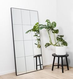 Loft Leaner Mirror - Black (Design Twins)