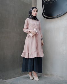 Street Hijab Fashion, Abaya Fashion, Muslim Fashion, Modest Fashion, Skirt Fashion, Fashion Outfits, Women's Fashion, Casual Hijab Outfit, Hijab Chic