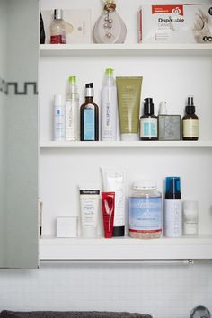 Lisa Messenger let Beauticate.com inside of her bathroom cabinet and it was filled with beauty products you don't want to miss. #Beauticate #LisaMessenger #entrepreneur #author #TheCollective #TheMessengerGroup #beauty #beautyproducts #PaulMitchell #haircare #hairproducts #hairspray #MoroccanOil  #StTropez #selftan #tanning #tan