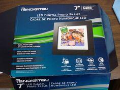 "J Pandigital 7"" LED Digital Photo Frame 6400 Images 1GB Memory | eBay"
