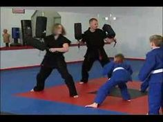 Kids martial arts class ideas - great drills to do in a martial arts class for young students.