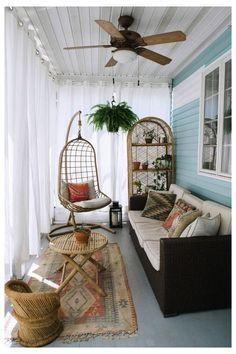 Sunroom Decorating, Decoration Bedroom, Sunroom Ideas, Decorating Ideas, Balcony Ideas, Balcony Garden, Garden Sofa, Balcony Decoration, Outdoor Curtains
