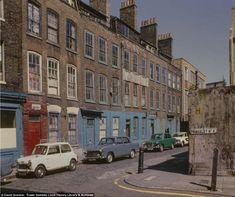 Nostalgic photos of east London Vintage London, Old London, Cities, East End London, Street Photography, White Photography, Photography Tips, Landscape Photography, Portrait Photography